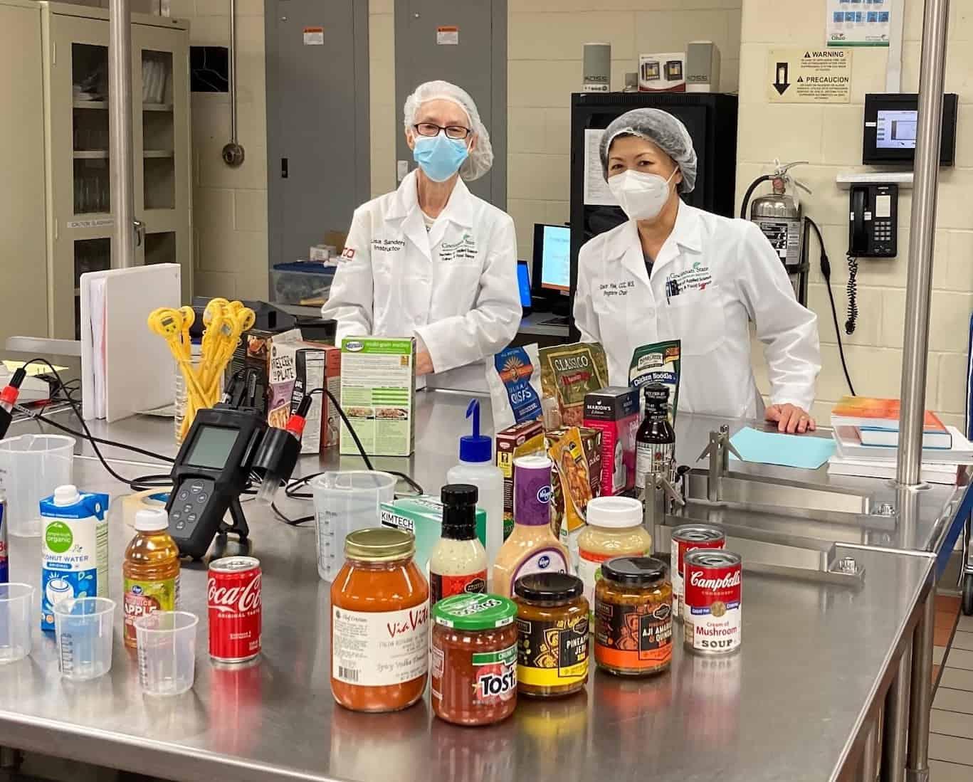 Culinary & Food Science instructor Lisa Sanders & Program Chair Grace Yek