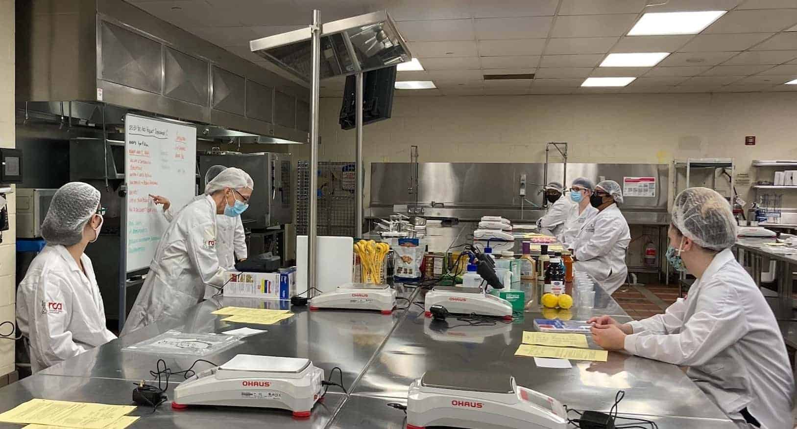 Culinary & Food Science students in lab